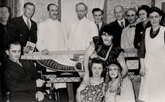 1948 - Wie kust de mummie