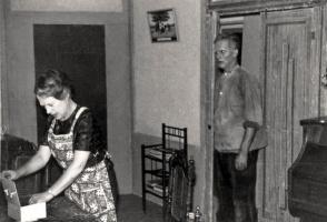 Jan Schavemaker sr en Corrie-Schakenbos (voor 1970).